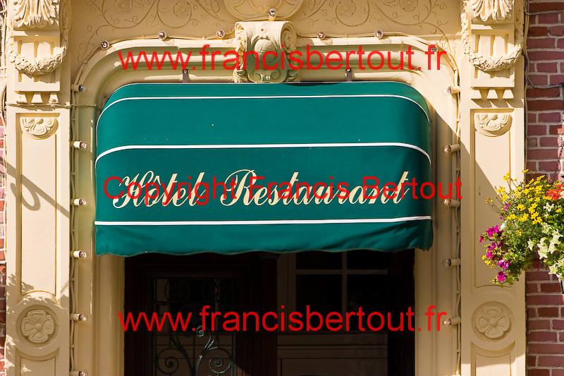 Nord et pas de calais montreuil sur mer en ville hotel for Piscine de montreuil sur mer